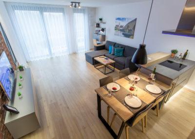 Esstisch & Wohnzimmer